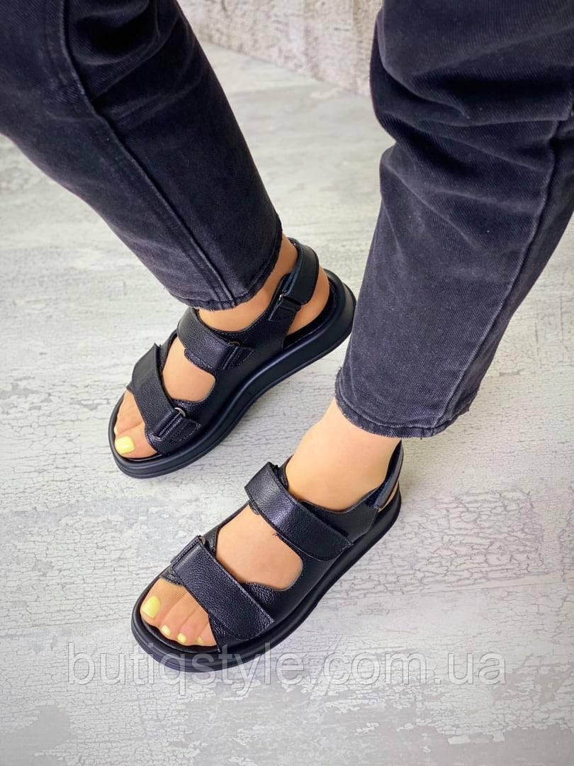 Чорні босоніжки натуральна шкіра на липучках