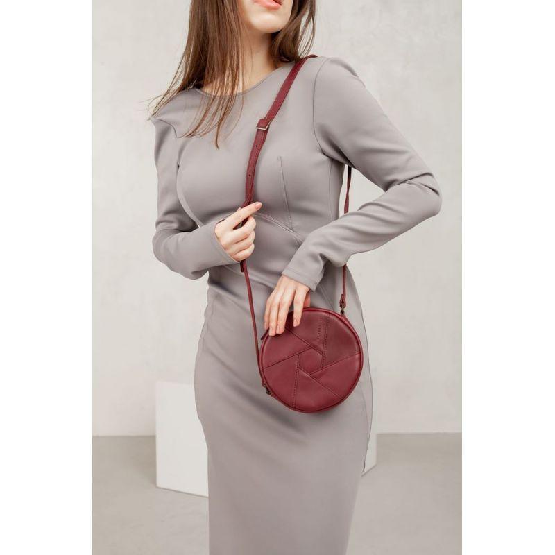 Кожаная круглая женская сумка Бон-Бон бордовая
