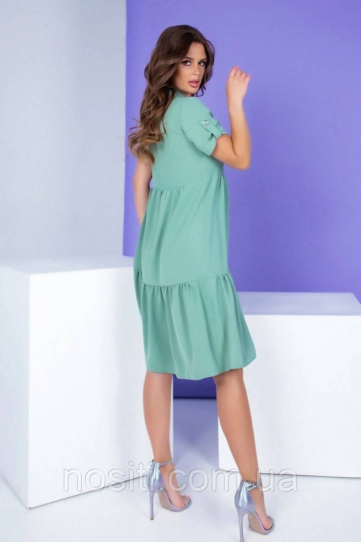 Женское длинное платье с короткими рукавами