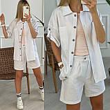 Льняний жіночий костюм з шортами на блискавці і сорочкою двома кишенями. (42-52)., фото 2