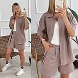 Льняний жіночий костюм з шортами на блискавці і сорочкою двома кишенями. (42-52)., фото 4