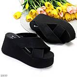 Модные черные замшевые шлепки на танкетке платформе 35-22,5 36-23см, фото 2
