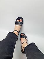 Жіночі босоніжки чорного кольору з натуральної шкіри з квадратним носком. Розміри 36-40, фото 1