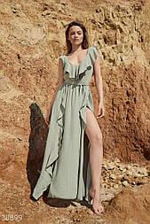 Легке плаття максі з воланом зелене