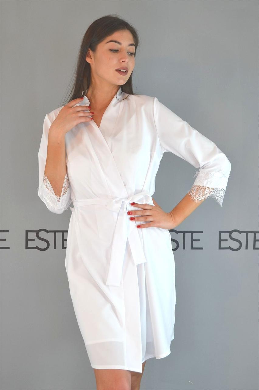 Белый халат женский домашний Este с кружевом.