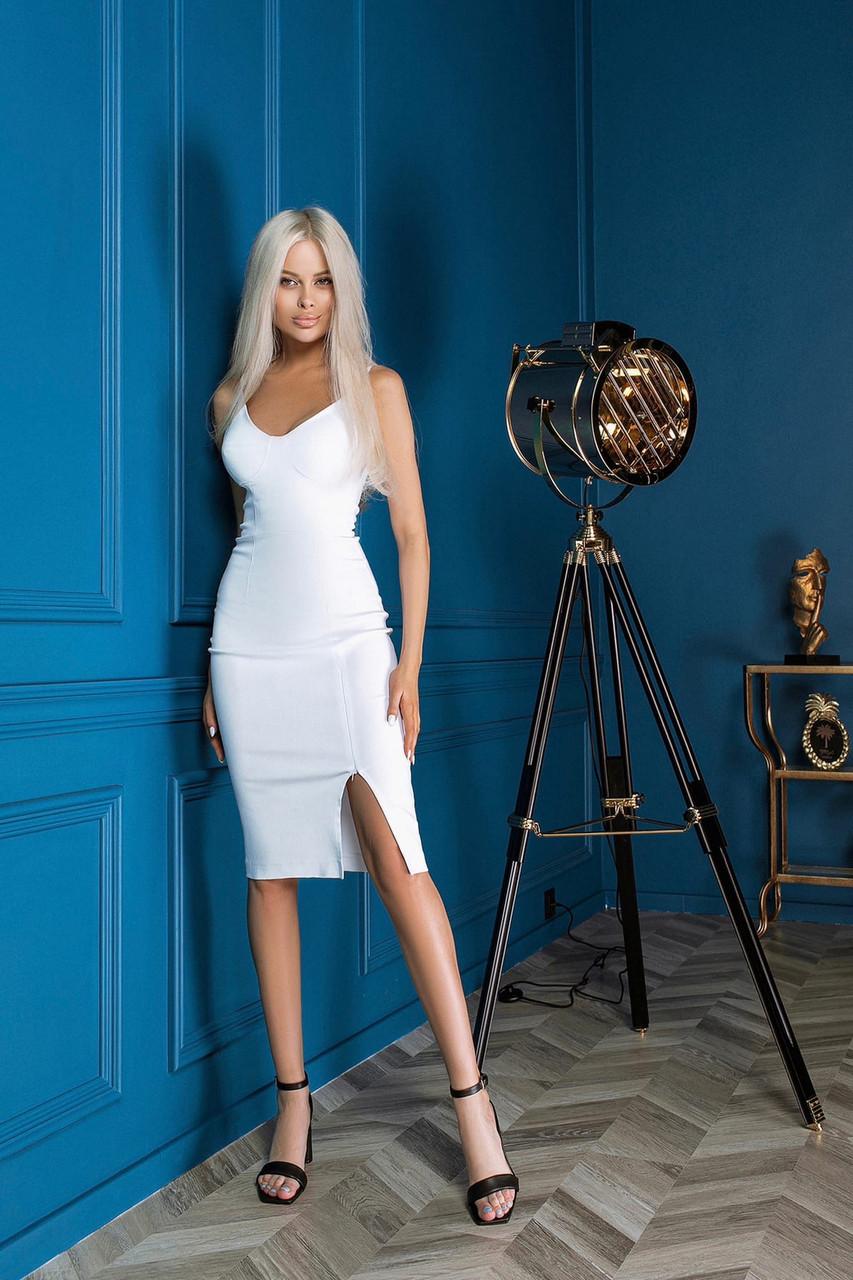 Приталенное платье с бюстье на тонких бретелях, 01069 (Белый), Размер 42 (S)