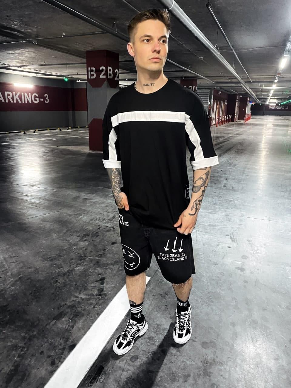 Чоловіча футболка стильна c білою смугою (чорна) стильна одяг sF89