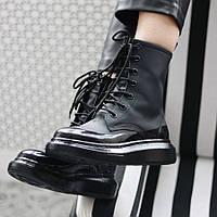 Женские ботинки Alexander McQueen Boots Black