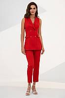 Летний костюм-двойка из удлиненного жилета и брюк с завышенной талией. Красного цвета