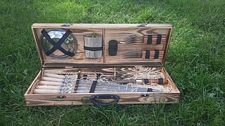Набір з 6 шампурів для м'яса (650х10х3 мм) + комплект аксесуарів у дерев'яному кейсі