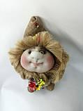 Кукла оберег Домовой с деньгами и ягодками зеленый декор, фото 5