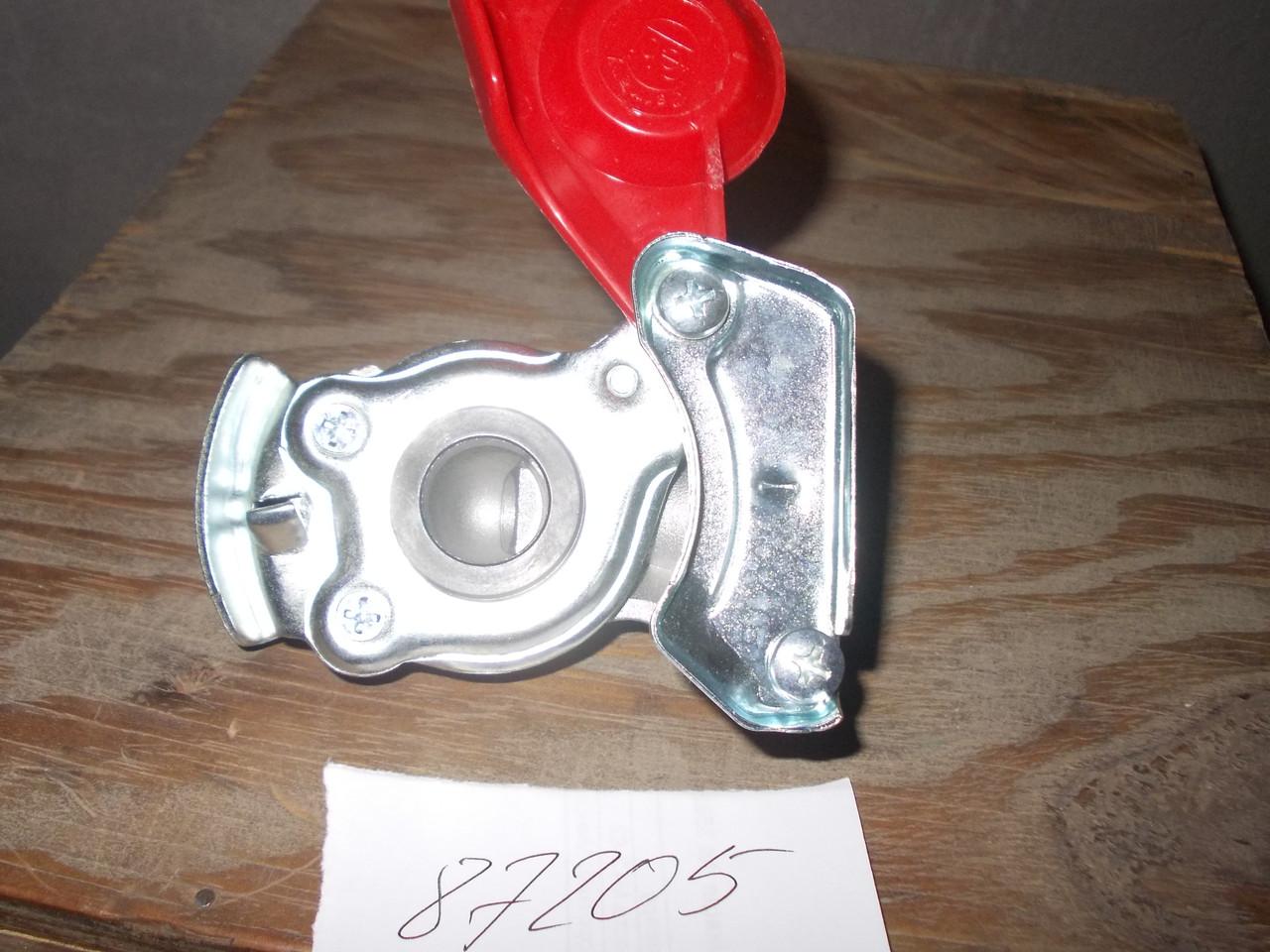 Евроразъем пневматики М22х1,5 (красный, без клапана), каталожный № 02.050.7102.000
