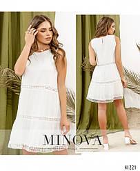Стильное и женственное платье молочного цвета со вставками кружева. Размер: 42, 44, 46