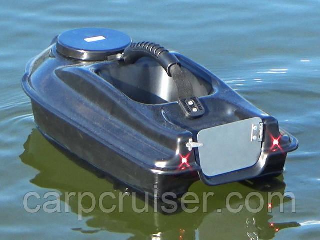 короповий кораблик Actor для завезення прикормки з ехолотом