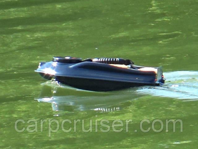 Лучший бюджетный вариант карповый кораблик для завоза прикормки Actor