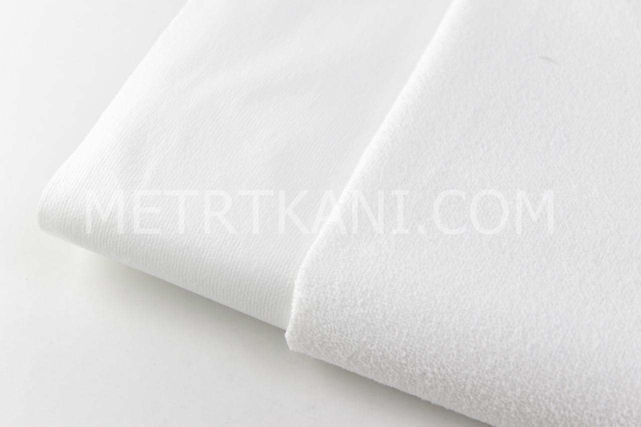 Лоскуток. Непромокаемая мембранная,махровая ткань, белого цвета (Турция), 20*100 см