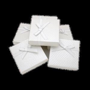 Подарочные коробки для девушек
