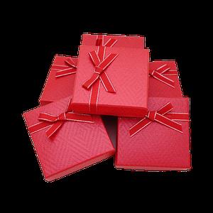 Подарочные коробки для девушек Красный