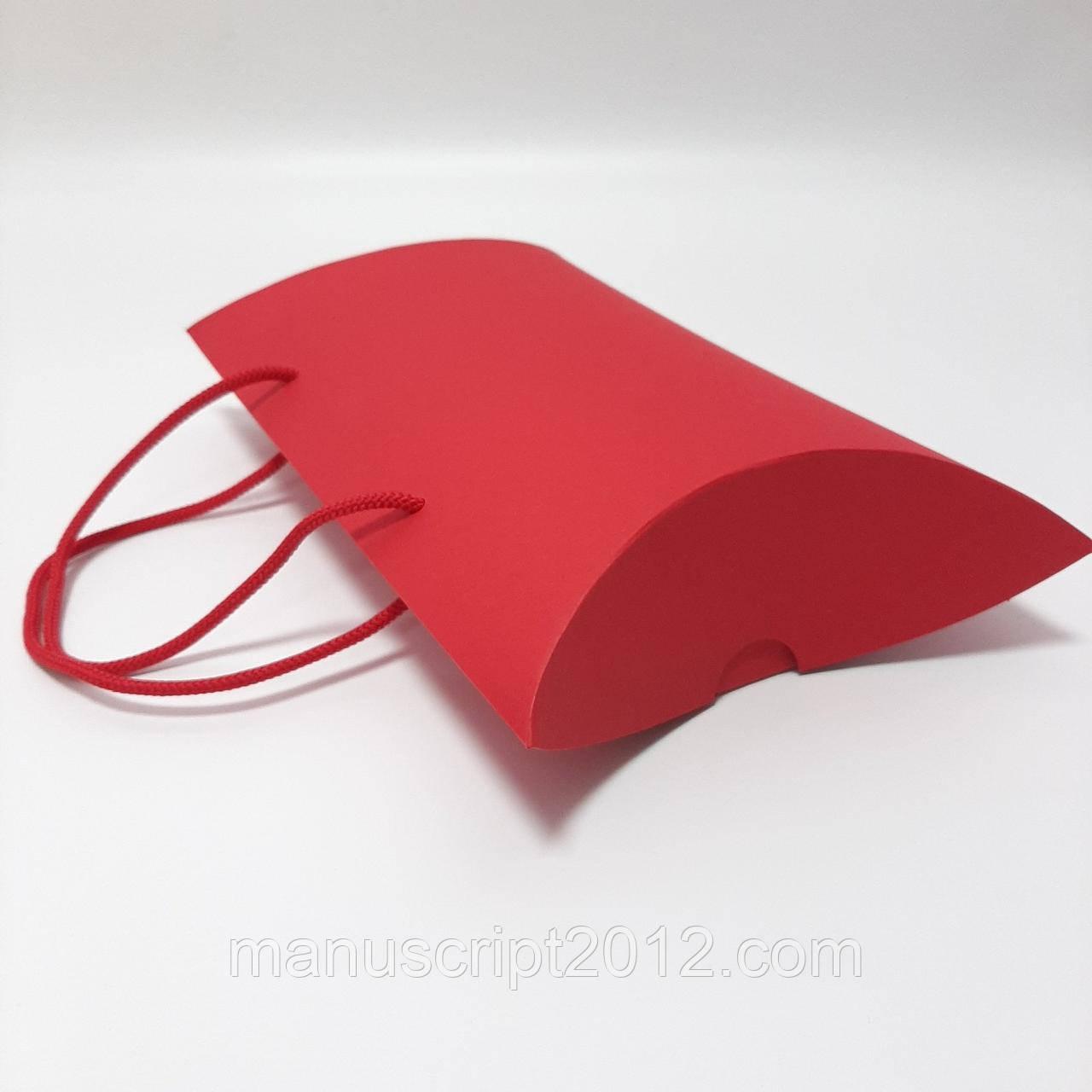 Коробка подарочная красная  230х180х70 мм.