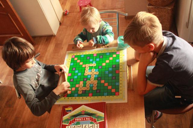 Напольные игры для детей