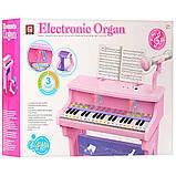Дитяче піаніно, синтезатор на ніжках зі стільчиком і мікрофоном CV8818-206AB працює від мережі, фото 4