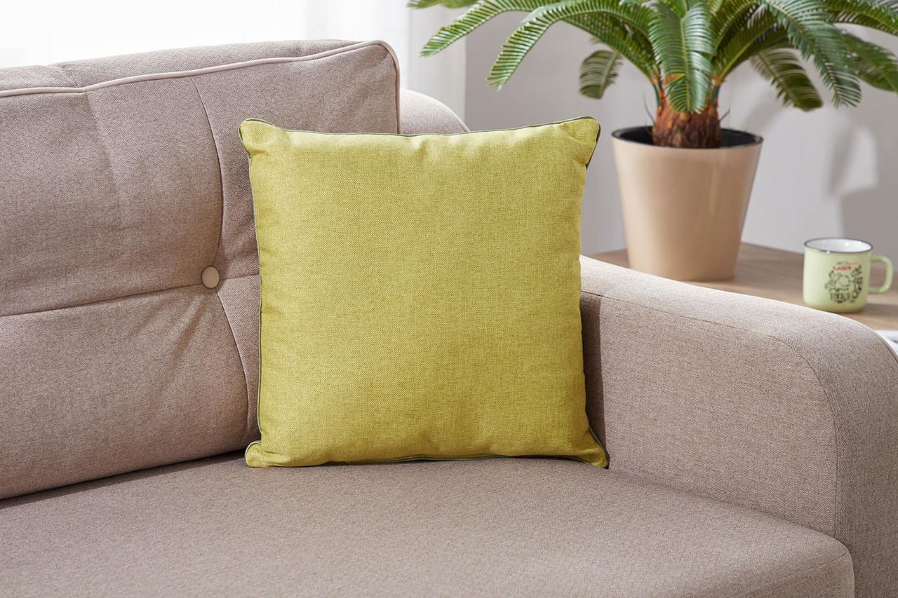 Подушка декоративная оливкового цвета