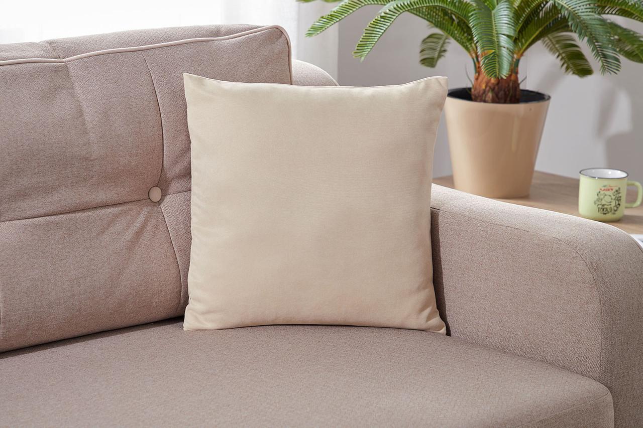 Подушка декоративна кремового кольору