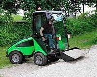 Уборочная машина с ковшом Nilfisk-Egholm City Ranger