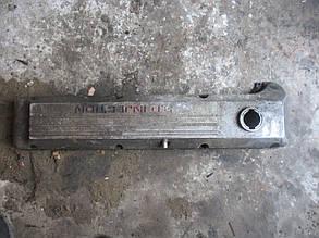 Крышка клапанная  90325692  C30NE 999607 Opel
