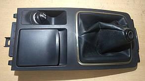 Накладка консоли КПП  в сборе 8015A042ZZ,7600A006ZZ 999612 Lancer X Mitsubishi