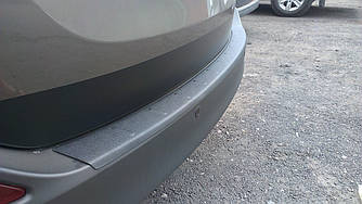 Защитная накладка на задний бампер Toyota Rav 4 2013-2015