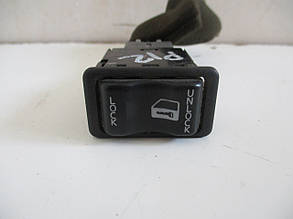 Кнопка центрального замка 25210AV600 999599 Primera P12 NISSAN