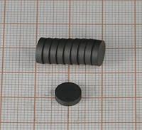 Магнит ферритовый диск 8х3 мм