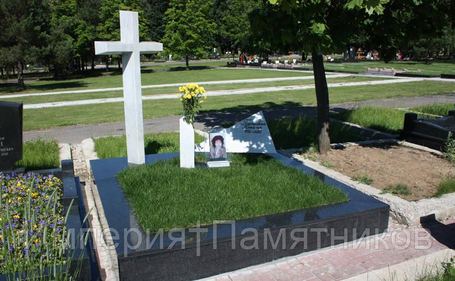 Крест на могилу № 8037