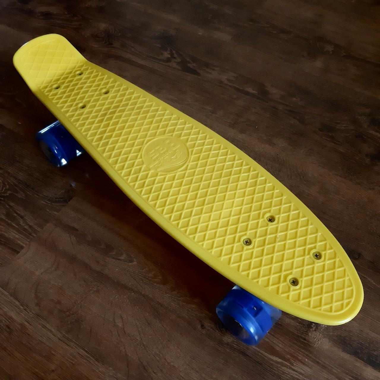 Скейт пенни борд для ребенка Penny Board со светящимися колесами, желтый