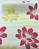 Фактурні німецькі шпалери 290014, з великими яскраво-малиновими і пастельними жовтими квітами лотоса на білому, фото 2