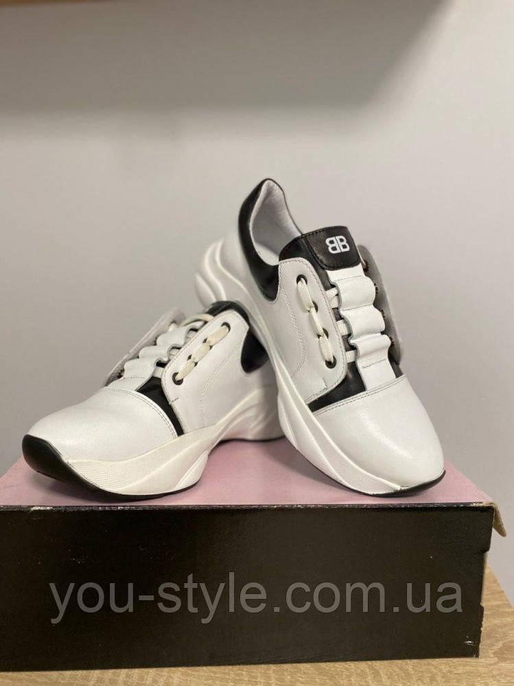 Кросівки жіночі білі Vanessa