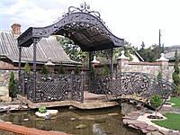 Кованый мостик для пруда