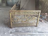 Кованый балкон в рымськом стиле