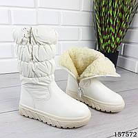 Зимние детские сапоги до колена белого цвета