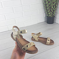 Женские сандалии на плоской подошве бежевые, фото 1