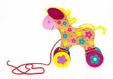 Каталка на мотузочці для дітей, Конячка Susibelle, Goki