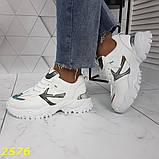 Кросівки на масивної тракторній підошві білі з дзеркальними вставками 36, 37, 38, 39, 40, 41 р. (2576), фото 3