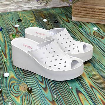 Сабо женские кожаные на устойчивой платформе, цвет белый. 39 размер