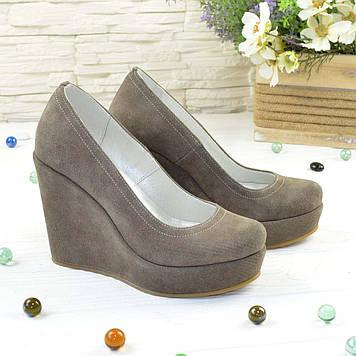 Туфли женские на высокой платформе, натуральная замша бежевого цвета. 38 размер