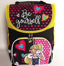 Каркасный рюкзак-короб с ортопедической спинкой для девочки, Девочка с кошкой