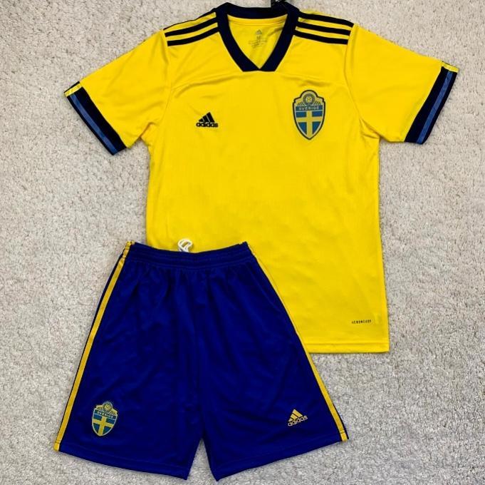 Футбольна форма збірної Швеції 20-21