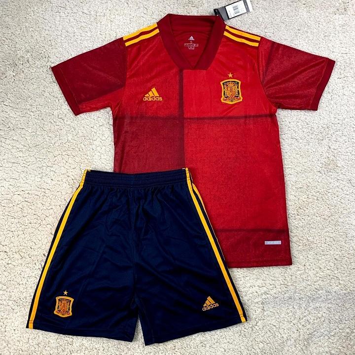 Футбольная форма сборной Испании 20-21
