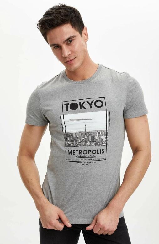 Сіра чоловіча футболка Defacto / Дефакто з написом Tokyo