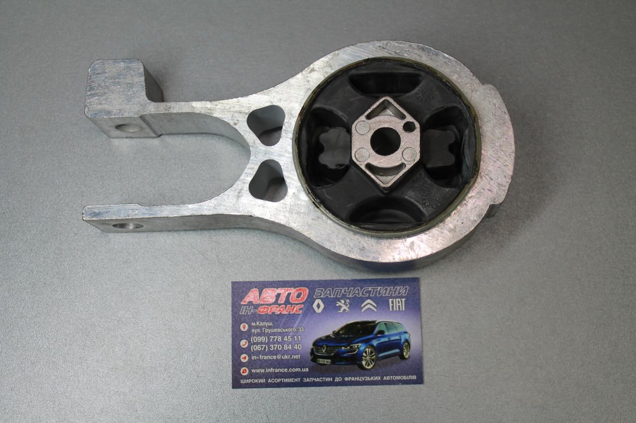 Подушка двигуна Citroen Peugeot Fiat